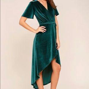 LuLu's Green Velvet Wrap Dress. XS